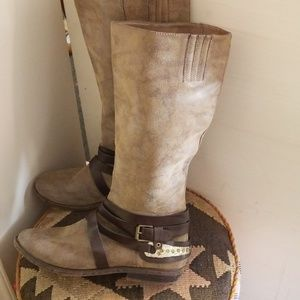 Rampage knee boots